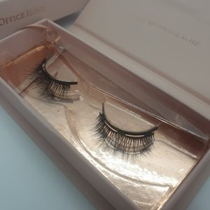 Magnetic lashes – Office Hour